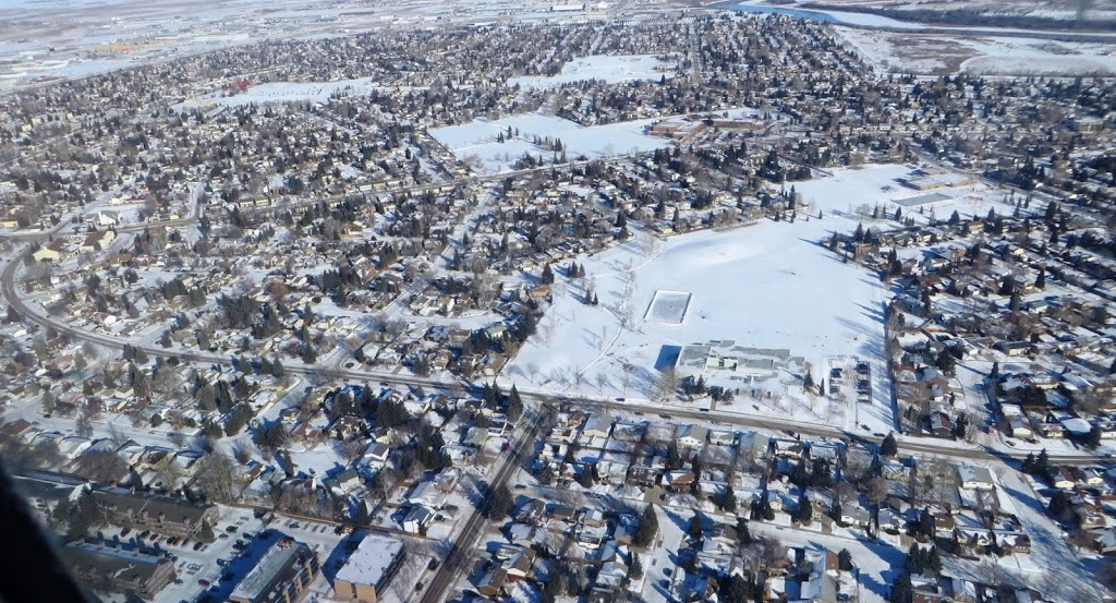 Lawson Heights School | school | 430 Redberry Rd, Saskatoon, SK S7K 5H6, Canada | 3066837340 OR +1 306-683-7340