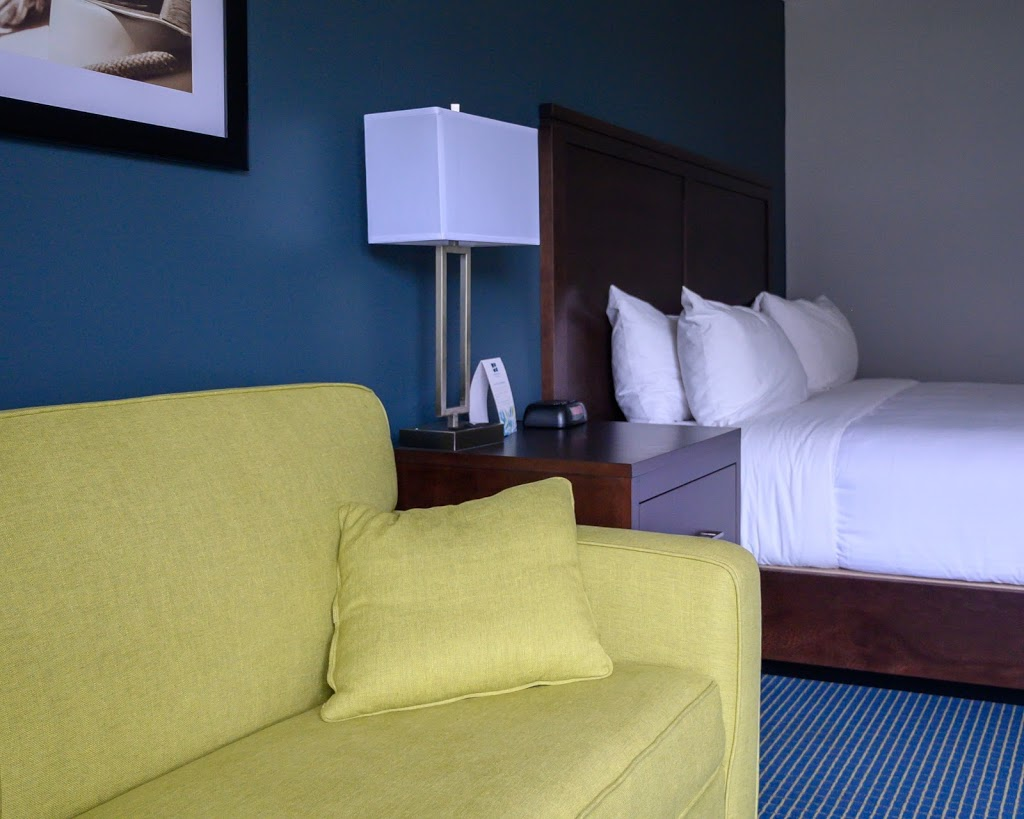Days Inn by Wyndham Sarnia Harbourfront   lodging   505 Harbour Rd, Sarnia, ON N7T 5R8, Canada   5193375434 OR +1 519-337-5434