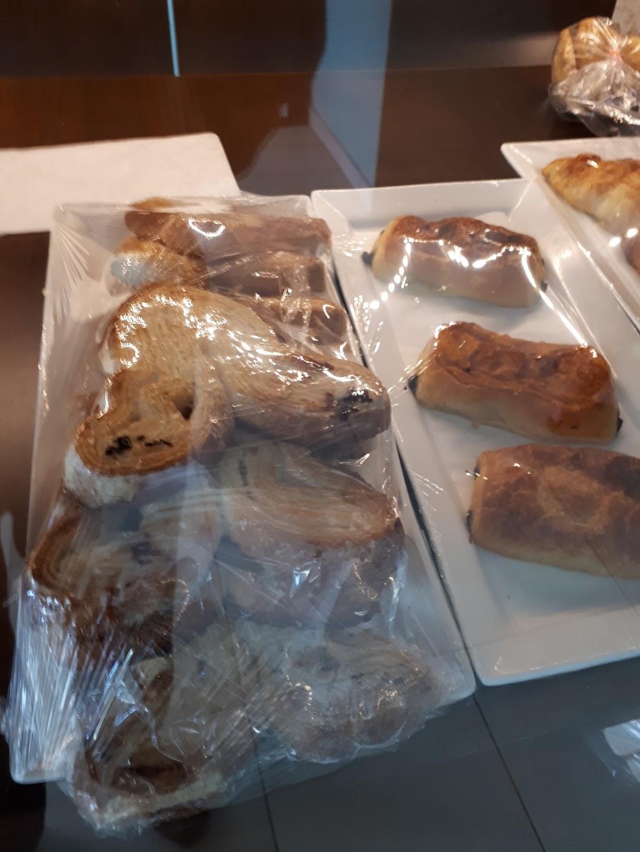 Pâtisserie saveur passion (le goût du savoir-faire) | bakery | 4302 Boul Henri-Bourassa E, Montréal-Nord, QC H1H 1L8, Canada | 5143241414 OR +1 514-324-1414