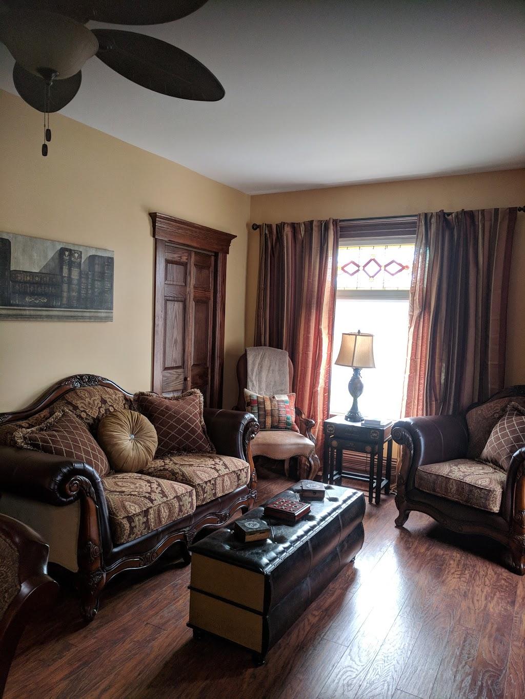 Lil Heart & Soul Inn | lodging | 136 Mill St W, Kingsville, ON N9Y 1W5, Canada | 5197336900 OR +1 519-733-6900