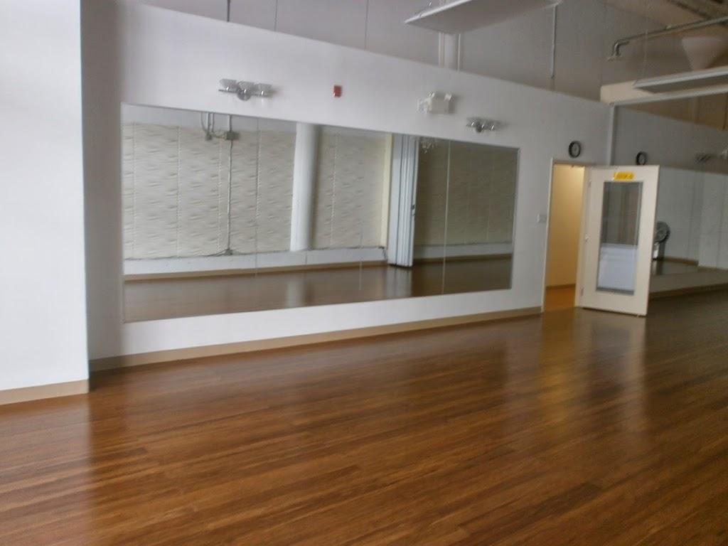 Duniya Dance Studio | gym | 250 City Centre Ave #122, Ottawa, ON K1R 7R7, Canada