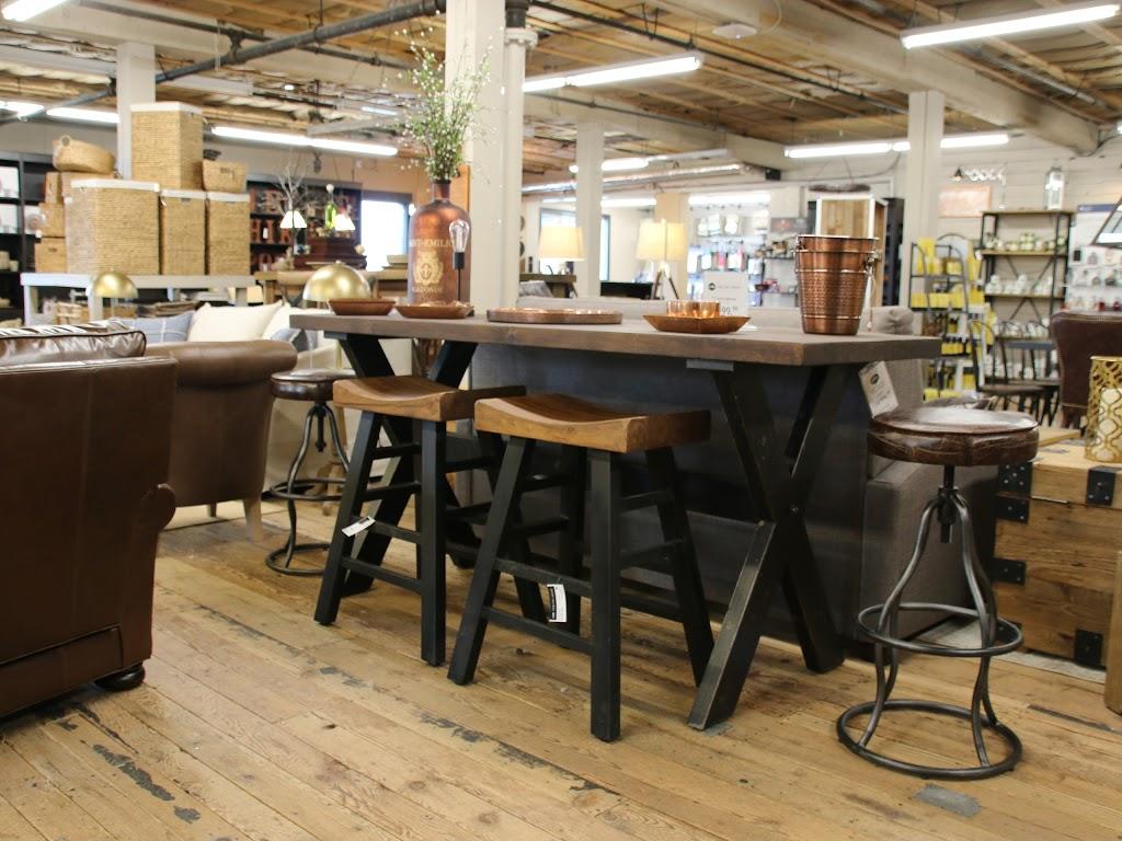 Luxe Furniture Company   furniture store   120 McPhillips St, Winnipeg, MB R3E 2J7, Canada   2047792900 OR +1 204-779-2900