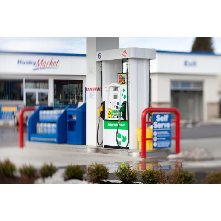 HUSKY   gas station   80 Keewatin St, Winnipeg, MB R3E 3C5, Canada   2046944937 OR +1 204-694-4937