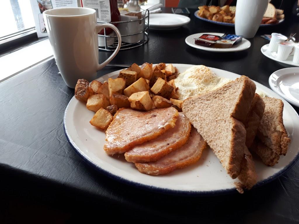 Buried Treasure Café | restaurant | 8053 Portage Rd, Niagara Falls, ON L2G 5Z2, Canada | 9052957070 OR +1 905-295-7070