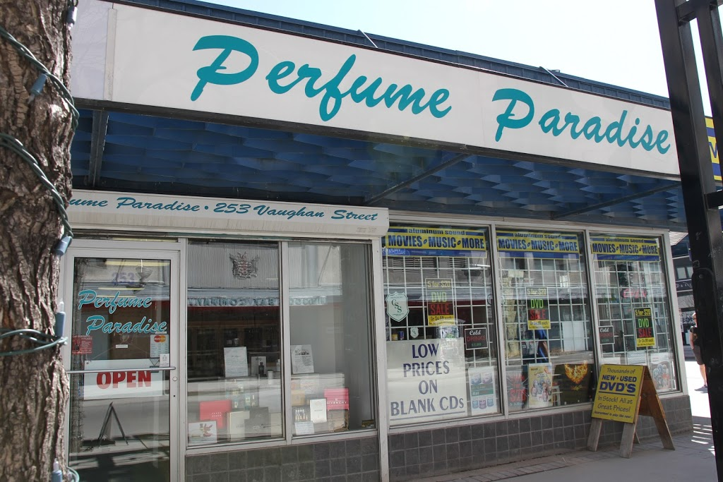 Perfume Paradise | clothing store | 253 Vaughan St, Winnipeg, MB R3C 1T8, Canada | 2042757493 OR +1 204-275-7493