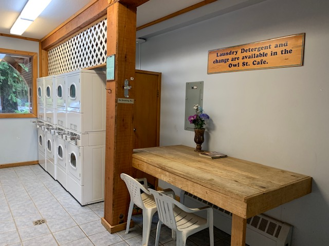 Owl Street Coin Laundry   laundry   19855 Owl St, Hope, BC V0X 1L2, Canada   6043789266 OR +1 604-378-9266