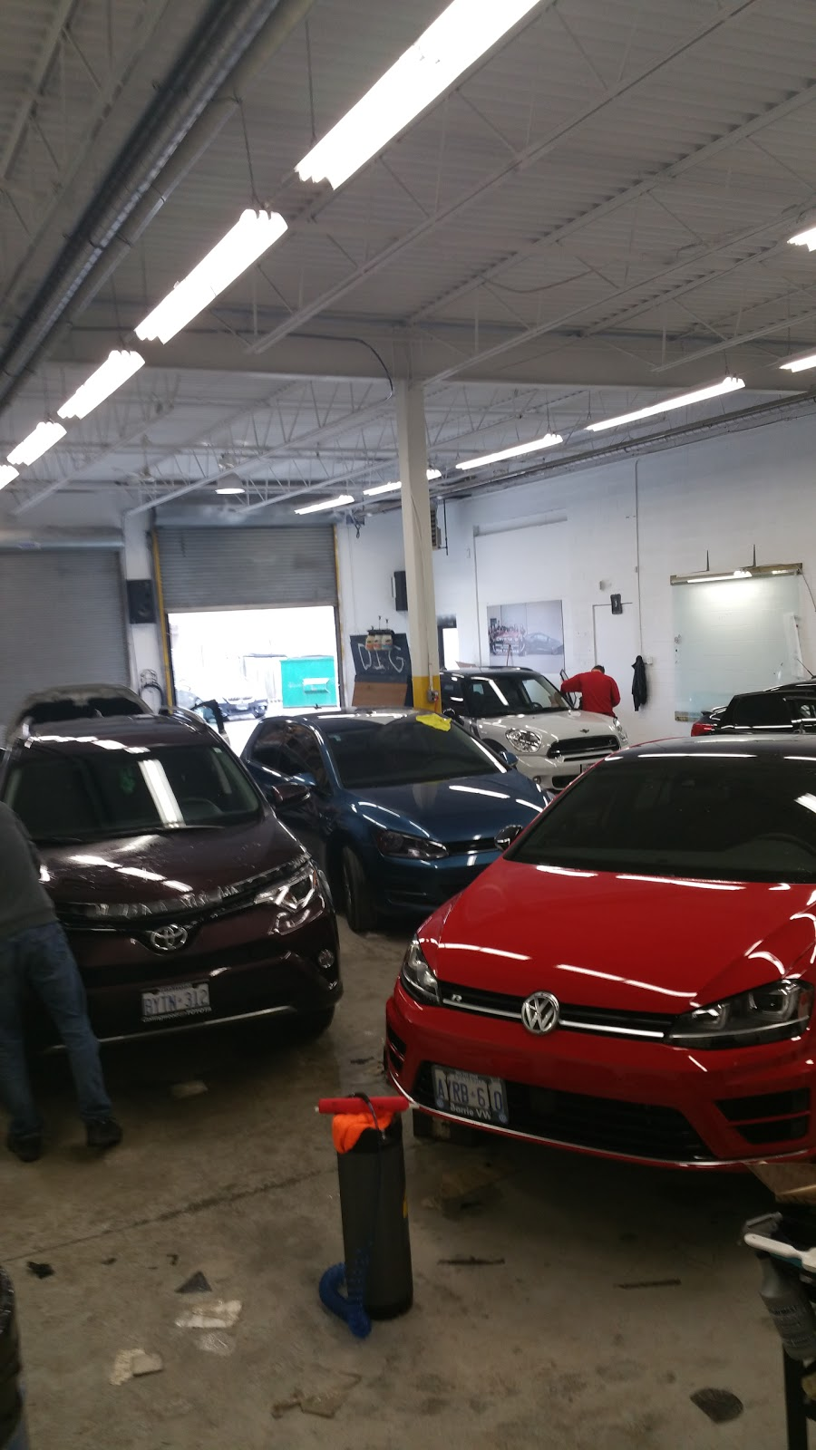 Crystals Glass Tinting Inc | car repair | 438 Dunlop St W, Barrie, ON L4N 1C2, Canada | 7057210368 OR +1 705-721-0368