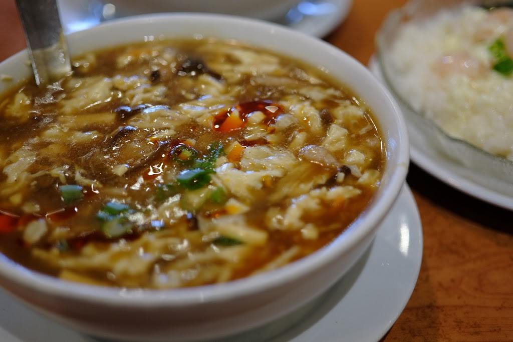 Longs Noodle House | restaurant | 4853 Main St, Vancouver, BC V5V 3R9, Canada | 6048797879 OR +1 604-879-7879