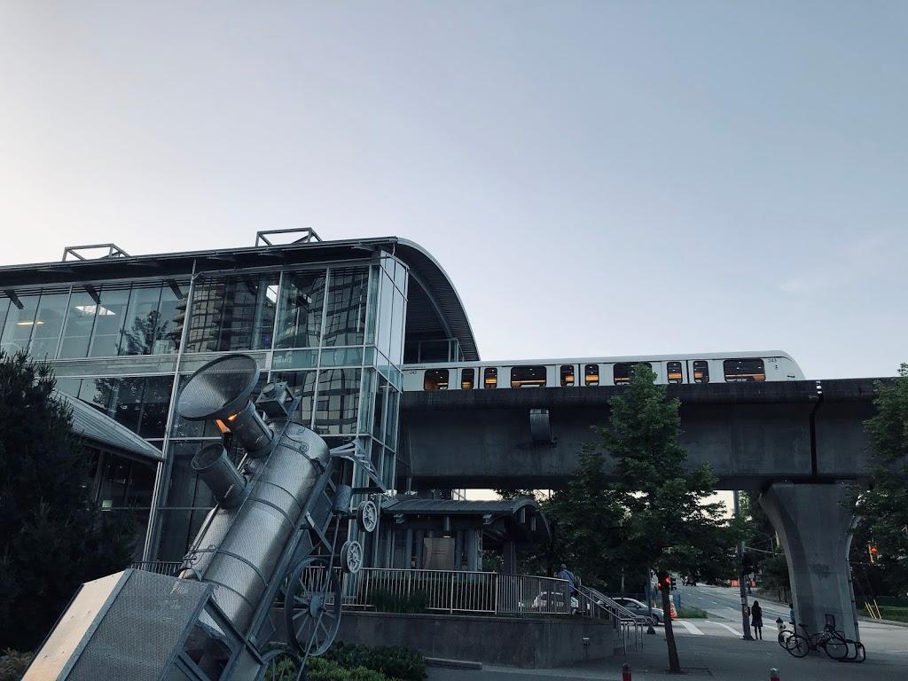 Holdom Station | subway station | Burnaby, BC V5B, Canada