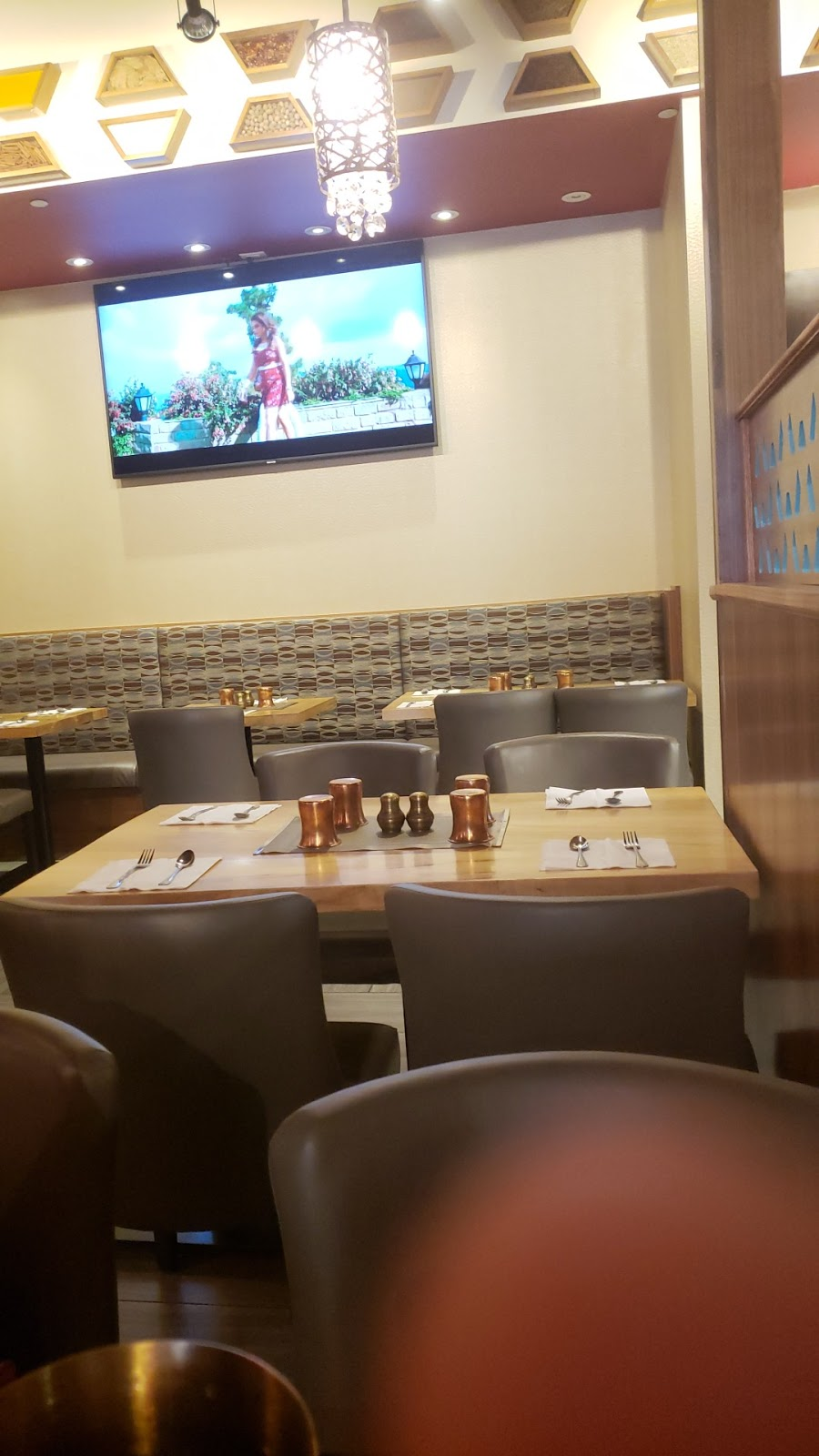 BROTHERS SWEETS & RESTAURANT | restaurant | 50 Lacoste Blvd UNIT #121, Brampton, ON L6P 2K2, Canada | 9057946900 OR +1 905-794-6900