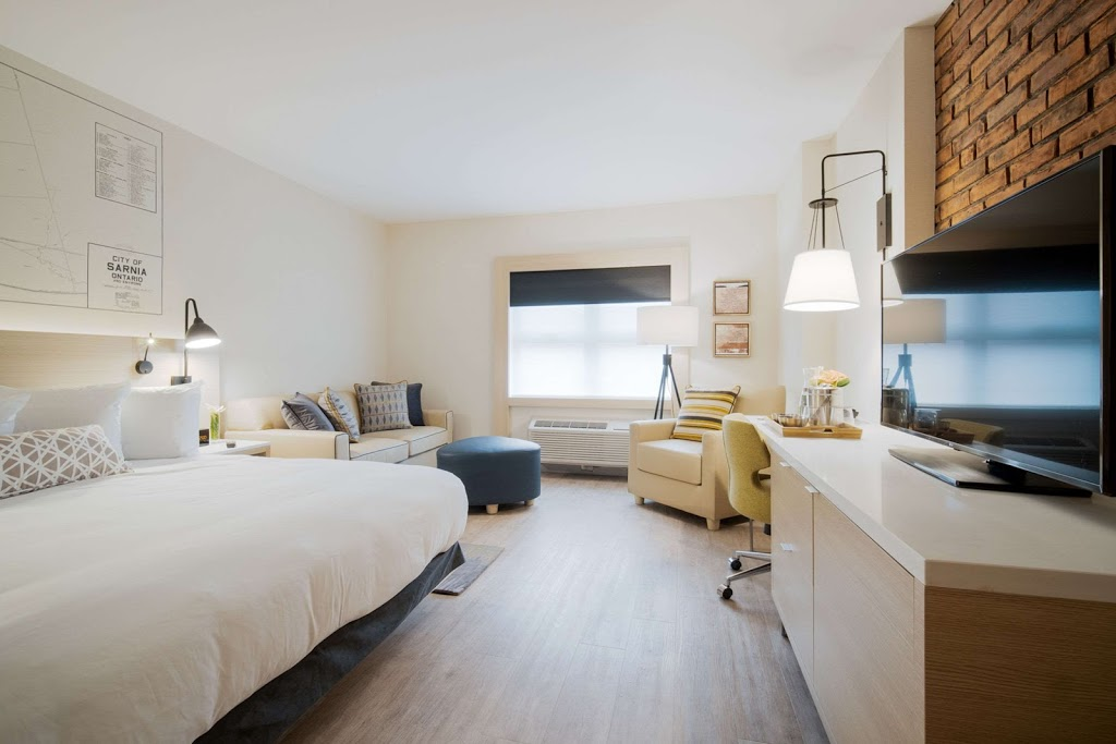 Insignia, Ascend Hotel Collection | lodging | 283 Christina St N, Sarnia, ON N7T 5V4, Canada | 8662681283 OR +1 866-268-1283