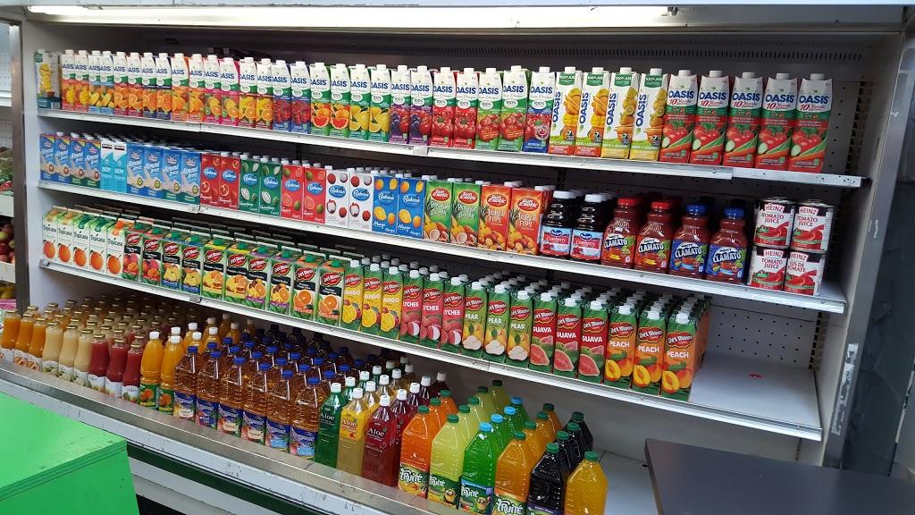 Marché J V T | convenience store | 181 Rue Sherbrooke Ouest, Montréal, QC H2X 1X4, Canada | 5142844404 OR +1 514-284-4404