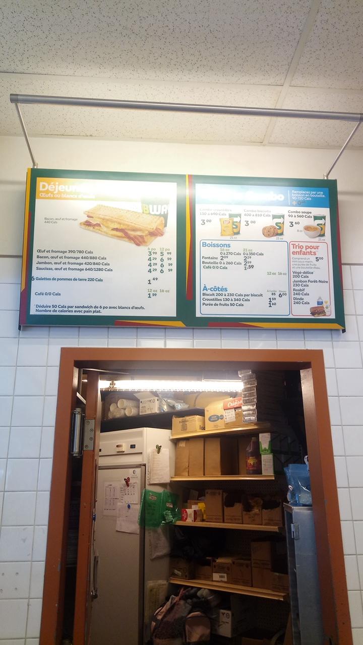 Subway | restaurant | 225 Boulevard Curé-Labelle, Laval, QC H7L 2R9, Canada | 4509376632 OR +1 450-937-6632