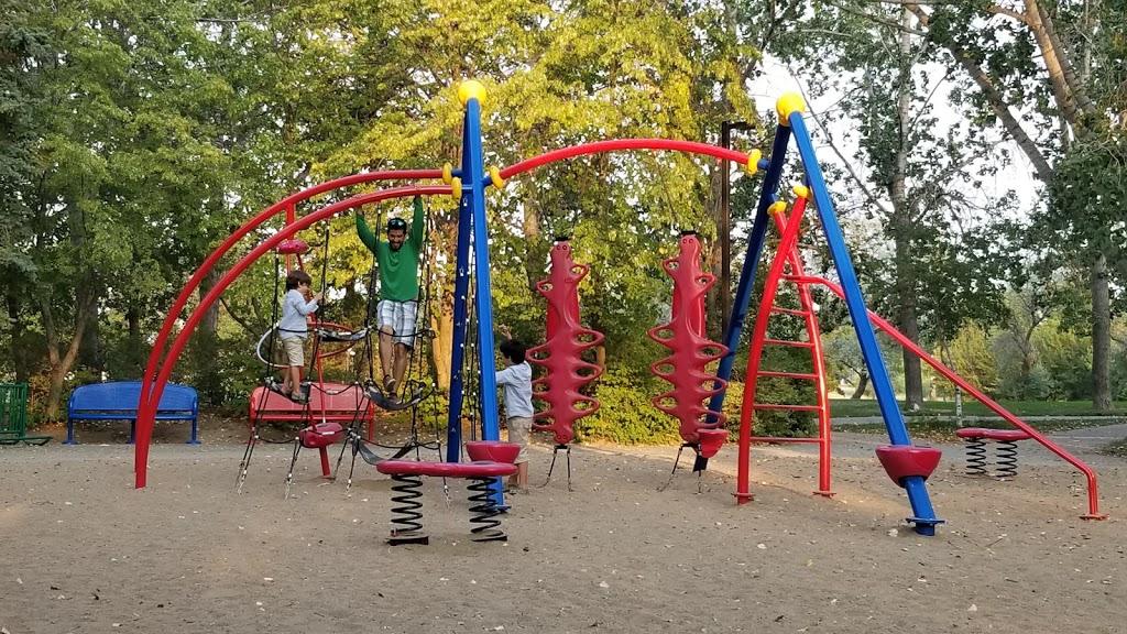 Candy Cane Park (Parking Lot) | park | 501 Wascana Dr, Regina, SK S4S 7L3, Canada | 3065223661 OR +1 306-522-3661