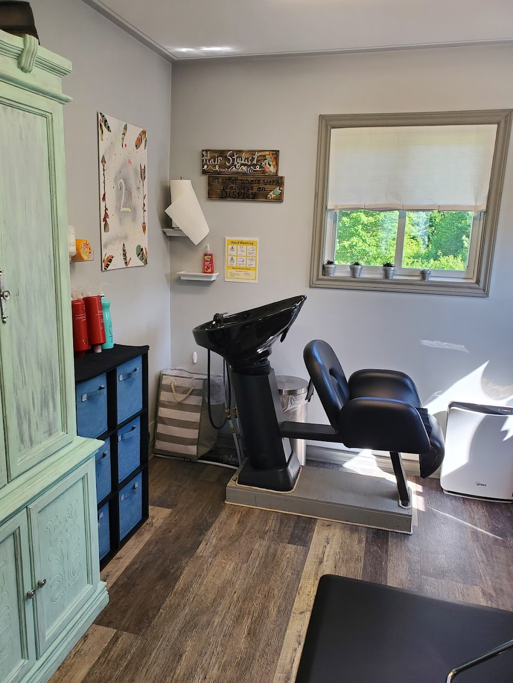 Limitless Hair Studio | hair care | 1714 Hwy 518 West, Sprucedale, ON P0A 1Y0, Canada | 7057836168 OR +1 705-783-6168