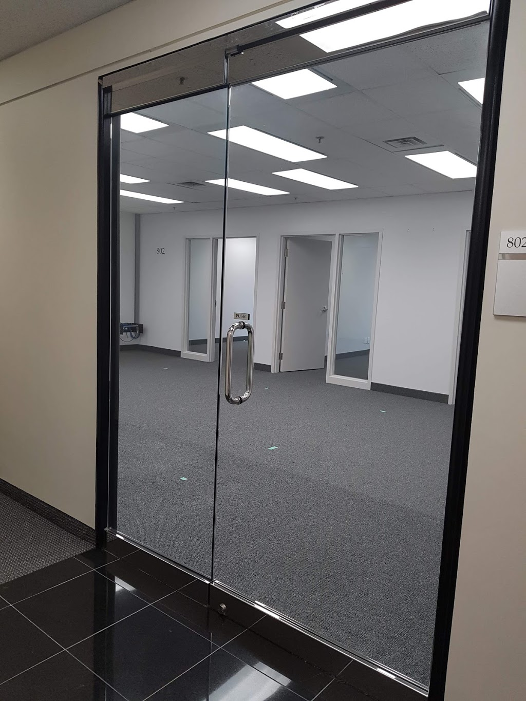R.C glass service | point of interest | 6 Forestgrove Cir, Brampton, ON L6Z 4T2, Canada | 4164358344 OR +1 416-435-8344