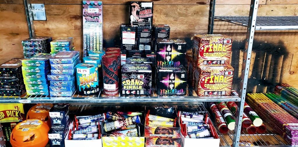 Elmers Fireworks | store | 11190 Bonson Rd, Pitt Meadows, BC V3Y 2G1, Canada | 6046155792 OR +1 604-615-5792