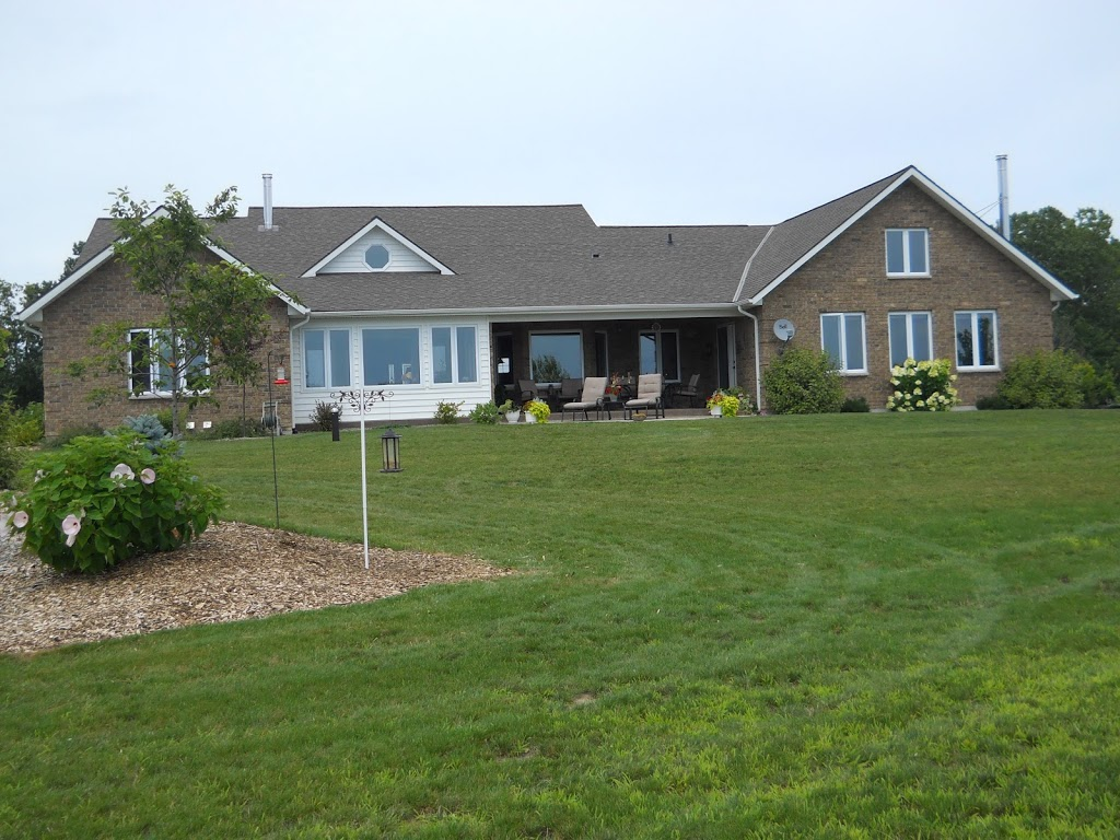 Wenzlers Landing B&B | lodging | 2310 Hickson Rd, Wheatley, ON N0P 2P0, Canada | 5198253233 OR +1 519-825-3233
