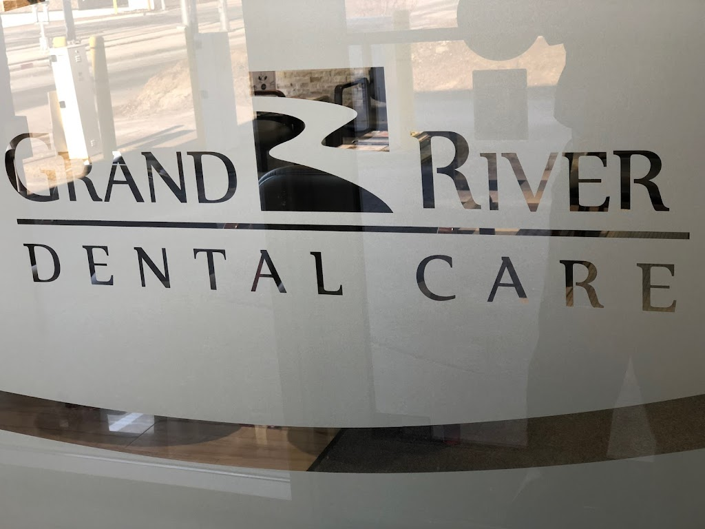 Grand River Dental Care | dentist | 765 King St W, Kitchener, ON N2G 1E3, Canada | 5198962669 OR +1 519-896-2669