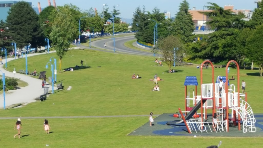 CRAB Park at Portside | park | 101 E Waterfront Rd, Vancouver, BC V6A 4K3, Canada | 6042578158 OR +1 604-257-8158