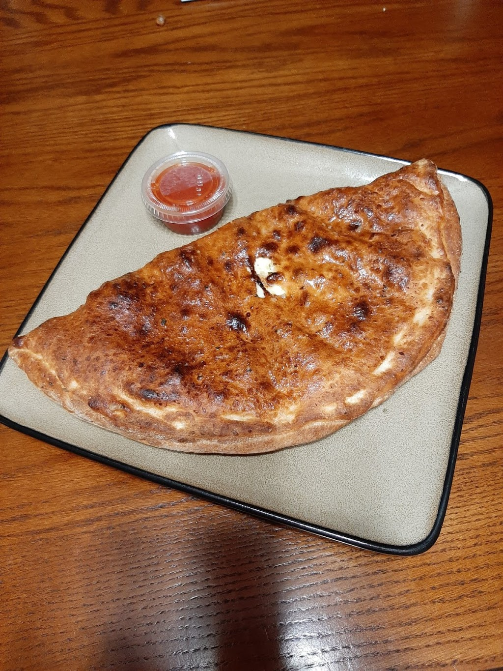 Titos Pizza   restaurant   127 King St, Burford, ON N0E 1A0, Canada   5194499494 OR +1 519-449-9494