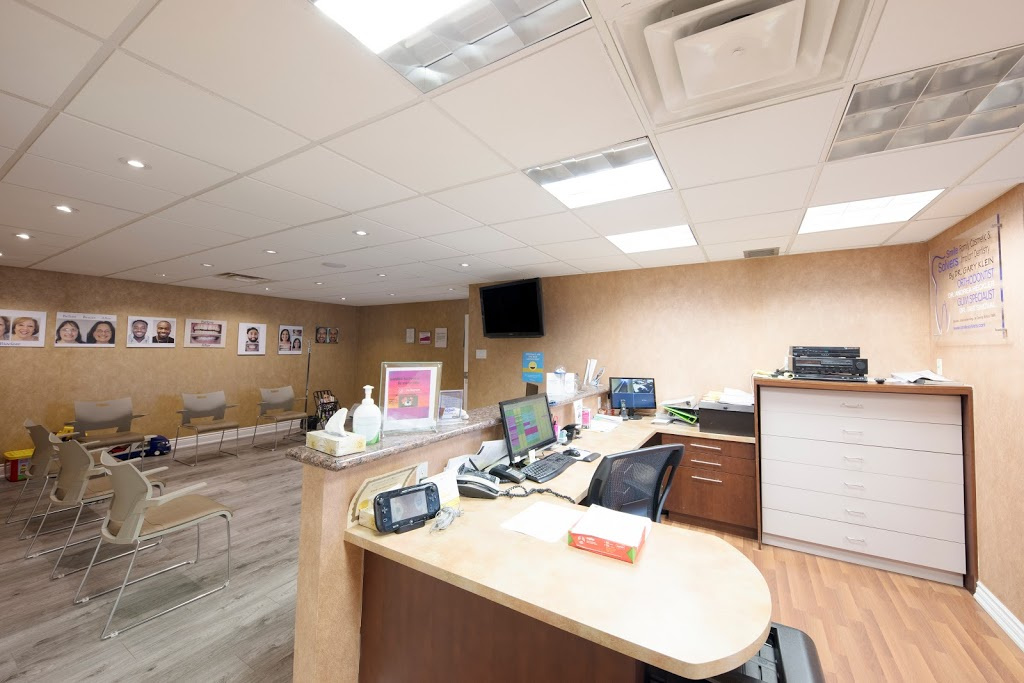 Smilesolvers / Dentistry on St. Clair | dentist | 1268 St Clair Ave W #200, Toronto, ON M6E 1B9, Canada | 4166588885 OR +1 416-658-8885