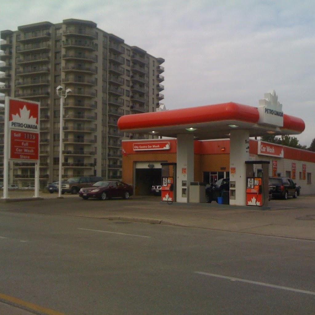 City Centre Car Wash | car wash | 395 Christina St N, Sarnia, ON N7T 5V8, Canada | 5193378801 OR +1 519-337-8801