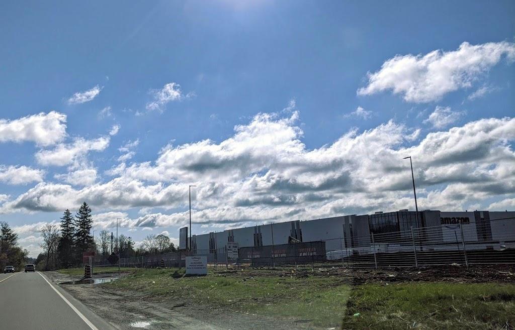 Amazon Warehouse; Scarborough. ON | storage | 6351 Steeles Ave E, Scarborough, ON M1V 4S5, Canada | 4168172276 OR +1 416-817-2276