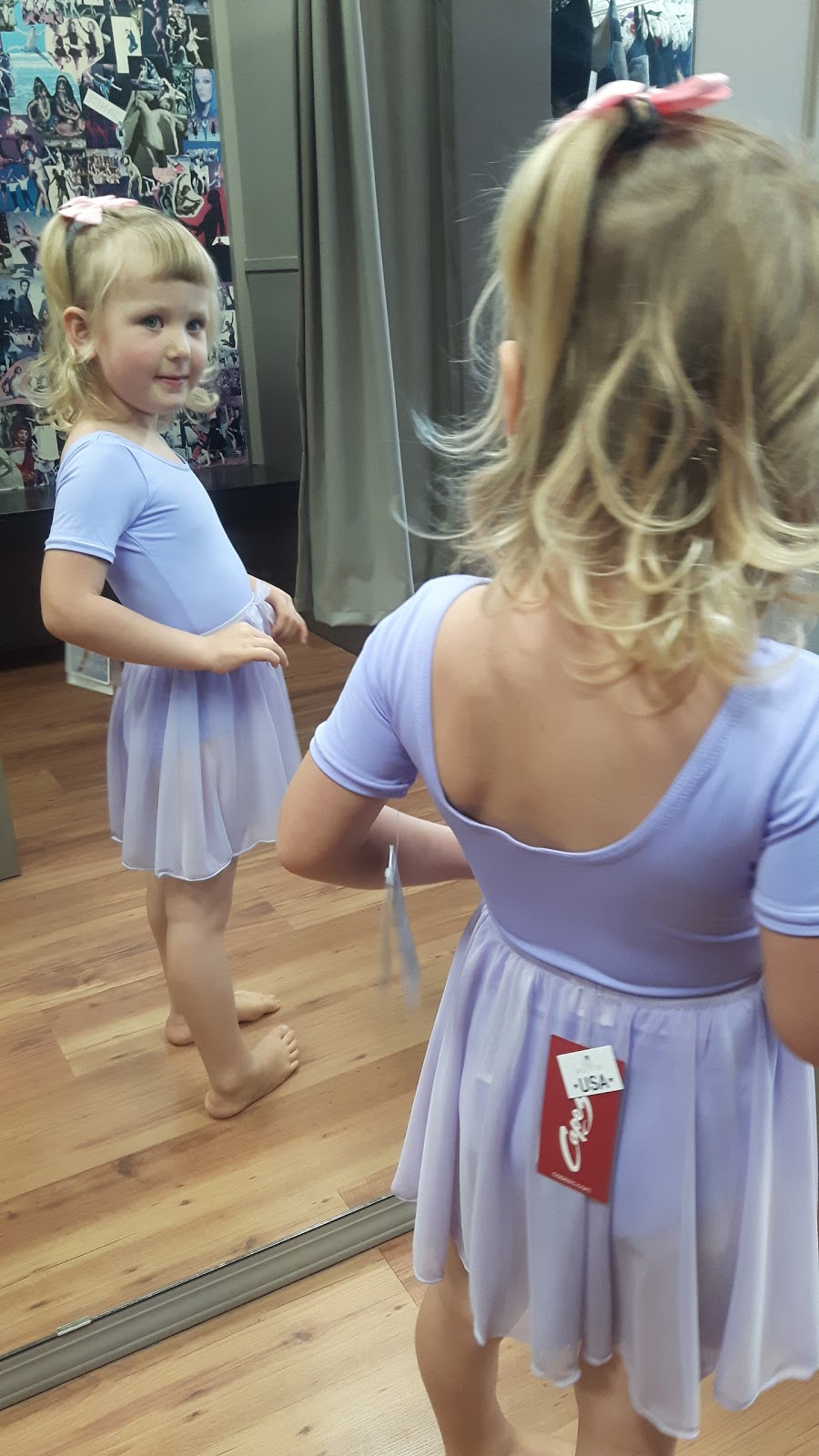 Toes N Taps Dance Shoppe | store | 1733 Cook St, Victoria, BC V8T 1C7, Canada | 2504800017 OR +1 250-480-0017