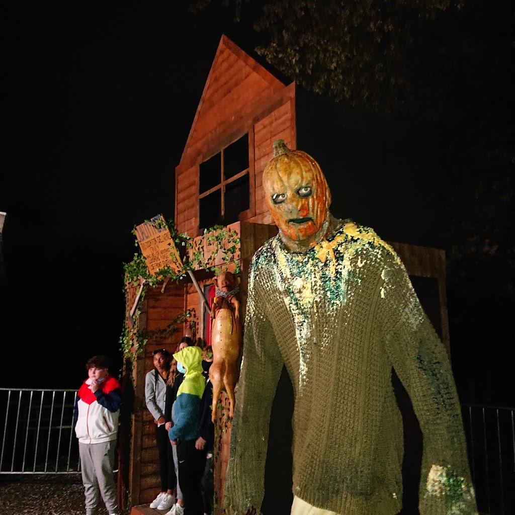 Haunt Manor - Hayrides & Haunted Houses | amusement park | 9387 Lundys Ln, Niagara Falls, ON L2H 0T7, Canada | 8444037227 OR +1 844-403-7227