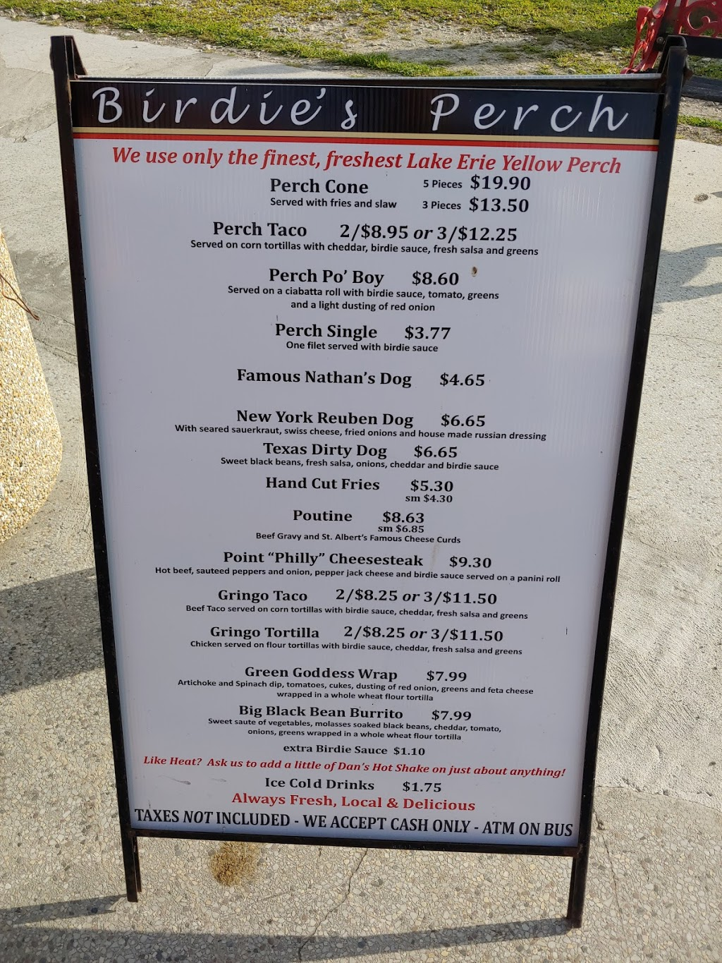 Birdies Perch   meal takeaway   625 Point Pelee Dr, Leamington, ON N8H 3V4, Canada   5195517043 OR +1 519-551-7043