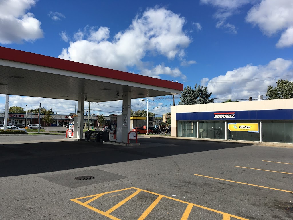 Essence+ de Canadian Tire | gas station | 8390 Blvd. Newman, LaSalle, QC H8N 1X9, Canada | 5143641146 OR +1 514-364-1146