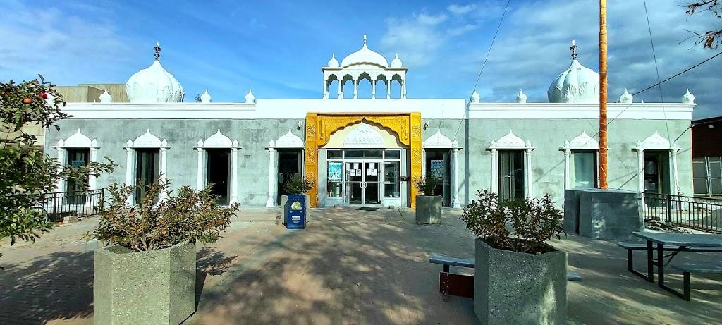 Rexdale Singh Sabha Religious Centre   church   47 Baywood Rd, Etobicoke, ON M9V 3Y8, Canada   4167462511 OR +1 416-746-2511