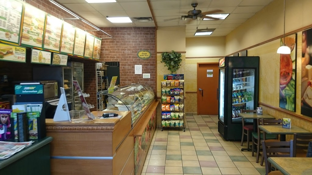 Subway | meal takeaway | 2827 Main St Unit 3, Vancouver, BC V5T 3G1, Canada | 6048797823 OR +1 604-879-7823