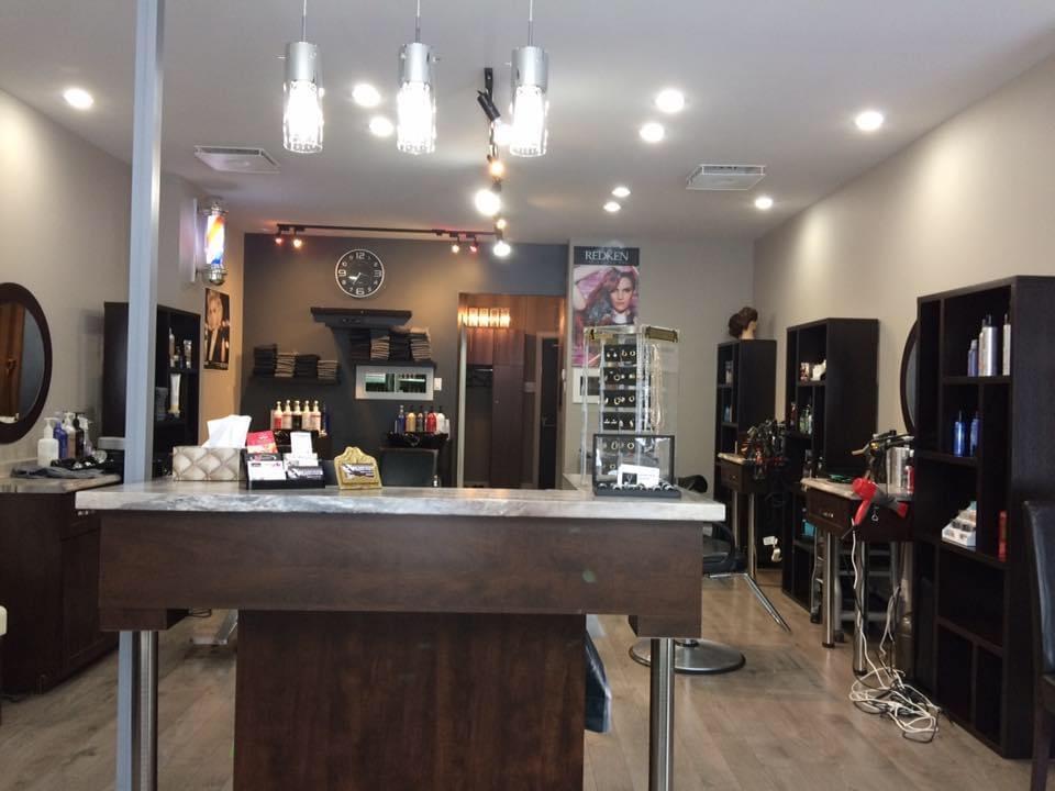Salon De Coiffure La Barbiĕre   hair care   26 Rue Saint-Antoine S, Granby, QC J2G 6W3, Canada   4509941397 OR +1 450-994-1397