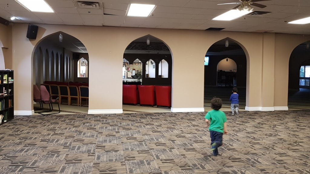 Rahma Mosque | mosque | 6104 172 St NW, Edmonton, AB T6M 1G9, Canada | 7804433200 OR +1 780-443-3200