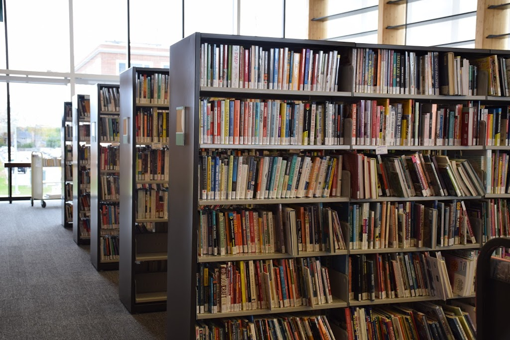 Oak Ridges Library (Richmond Hill Public Library) | library | 34 Regatta Ave, Richmond Hill, ON L4E 4R1, Canada | 9057735533 OR +1 905-773-5533