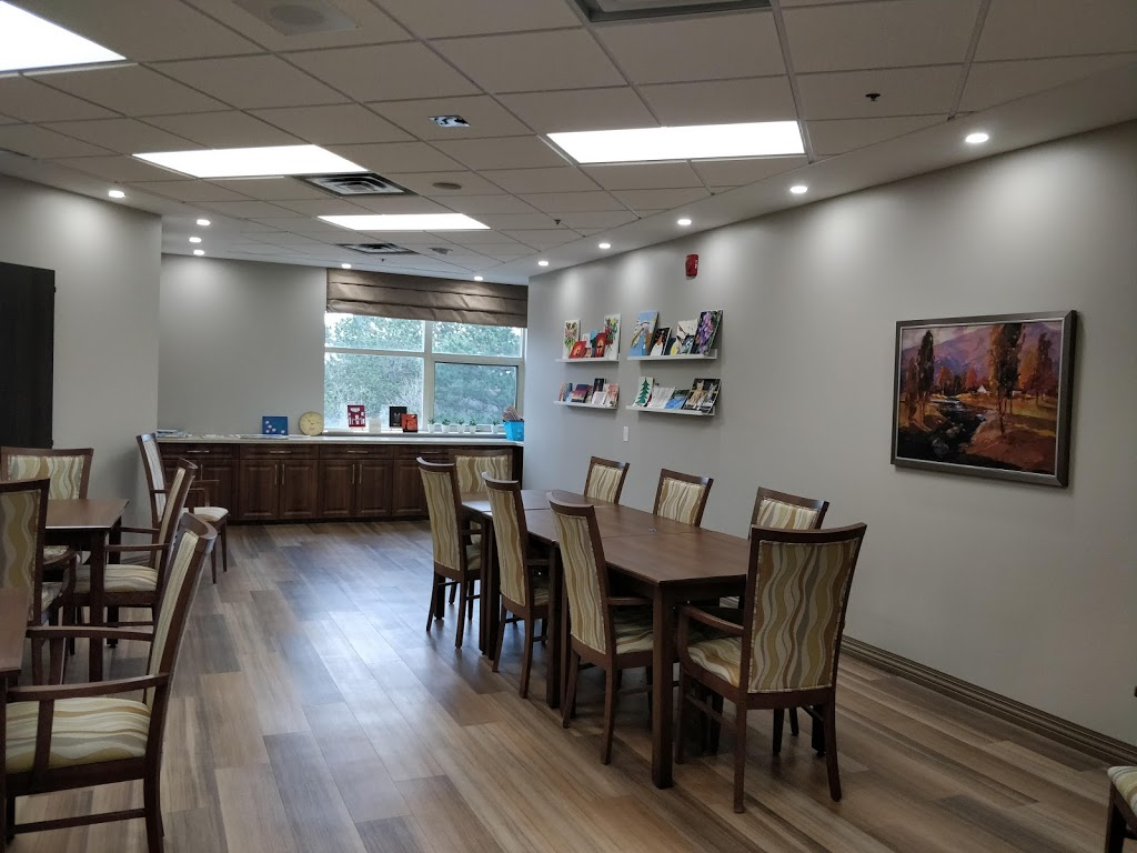 Chartwell Heritage Glen Retirement Residence | health | 6515 Glen Erin Dr, Mississauga, ON L5N 8P9, Canada | 2896524205 OR +1 289-652-4205