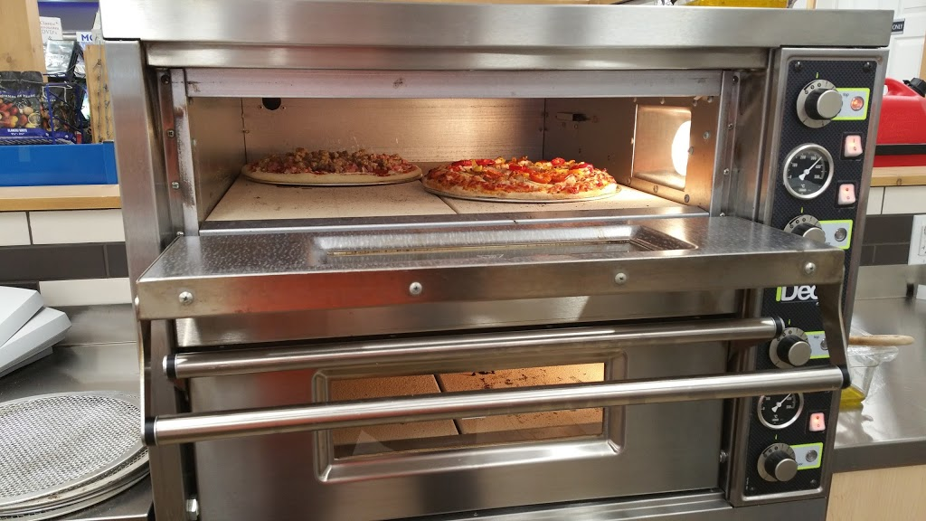 L.A Hills Pizzeria | meal takeaway | 2 Lafontaine Rd E, Tiny, ON L9M 0S2, Canada | 7055332948 OR +1 705-533-2948