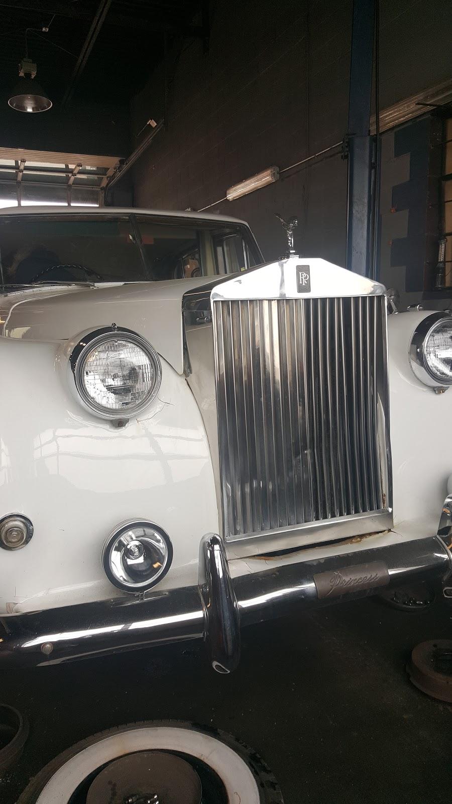 TM Auto | car dealer | 73 Bridge St E, Kitchener, ON N2K 1J8, Canada | 5198800000 OR +1 519-880-0000
