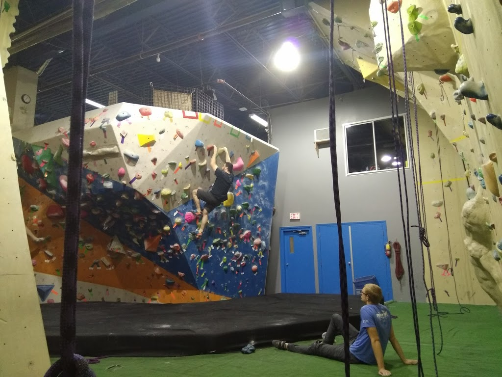 Project Climbing Centre | gym | 34100 S Fraser Way #3, Abbotsford, BC V2S 2C6, Canada | 6048642917 OR +1 604-864-2917