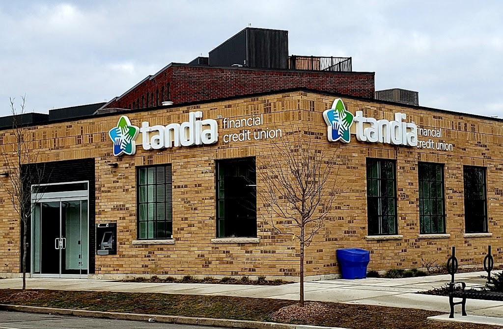 Tandia Financial Credit Union - Barton Street Branch | bank | 280 Barton St W, Hamilton, ON L8R 3P3, Canada | 8005982891 OR +1 800-598-2891
