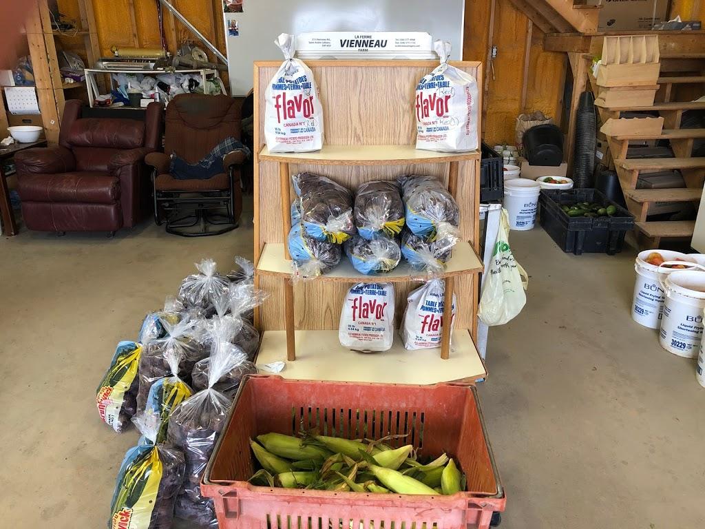 Omer Vienneau Farm | store | 215 Ch Vienneau, Saint-Andre-LeBlanc, NB E4P 6G9, Canada | 5065774948 OR +1 506-577-4948