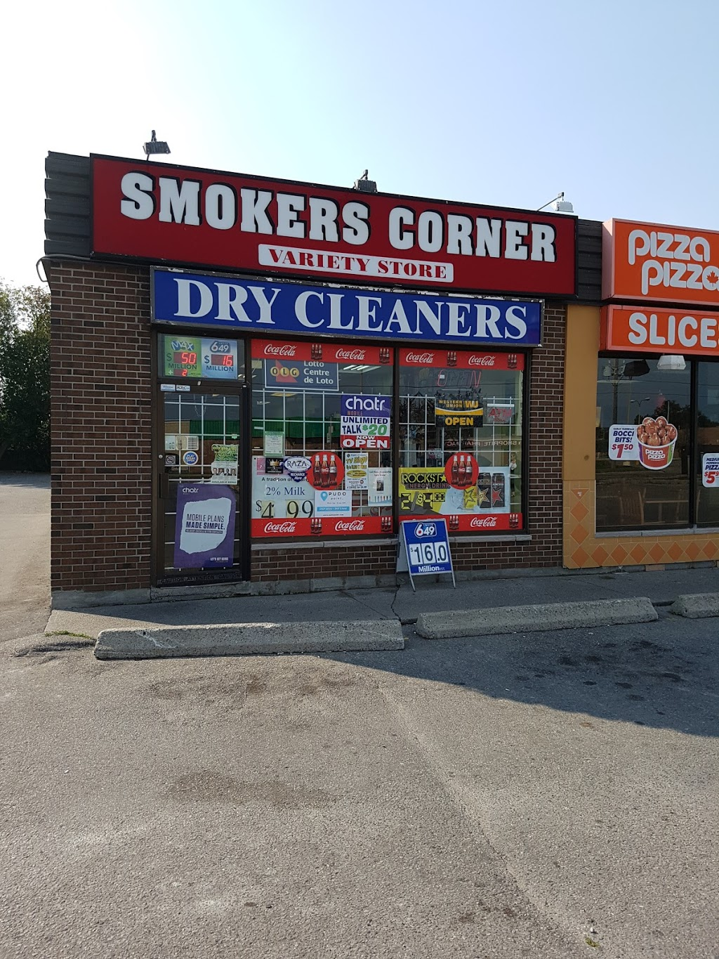 King St Smokers Corner | convenience store | 621 King St E, Oshawa, ON L1H 1G3, Canada | 9055715858 OR +1 905-571-5858