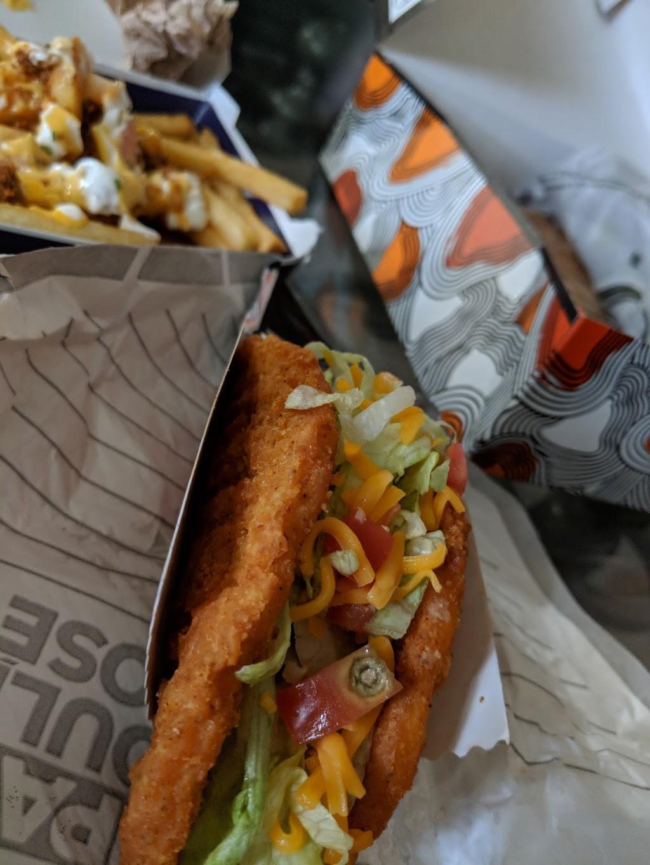 Taco Bell | meal takeaway | 750 Sherbrook St, Winnipeg, MB R3B 2X4, Canada | 2049878201 OR +1 204-987-8201