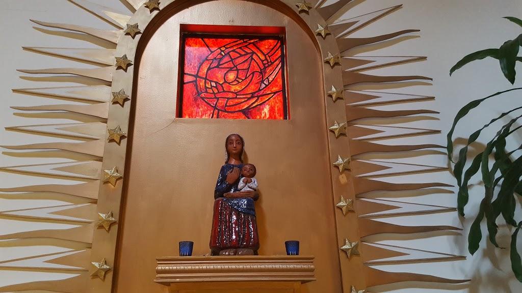 Paroisse St Noel Chabanel   church   8560 Rue de lÉglise, Laval, QC H7A 1K9, Canada   4506654111 OR +1 450-665-4111