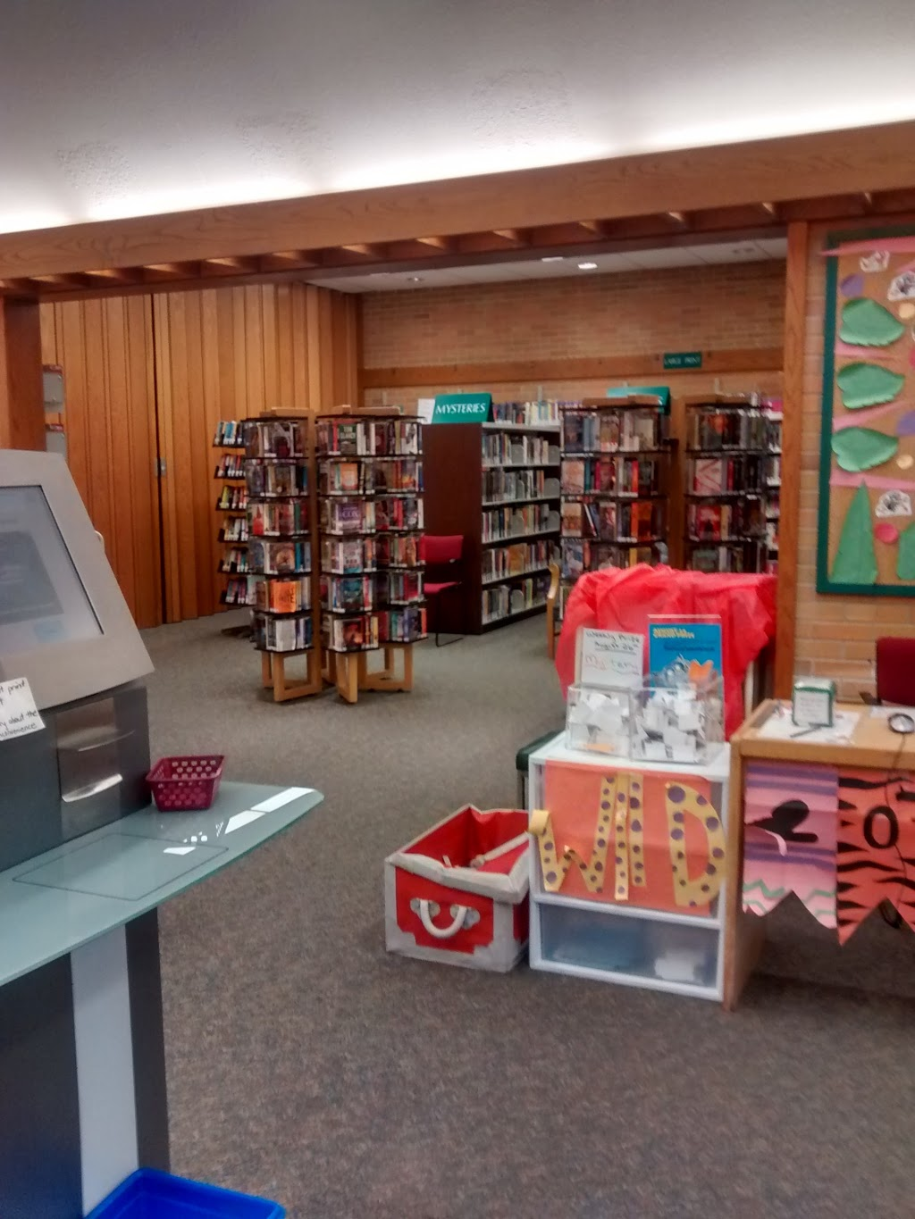 Brantford Public Library - St. Paul Branch | library | 441 St Paul Ave, Brantford, ON N3R 4N8, Canada | 5197532179 OR +1 519-753-2179