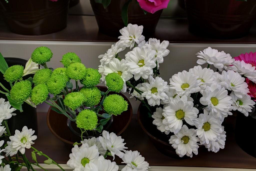 Fleuriste Valentino - OUVERT | florist | 811 Route Jean-Gauvin, Québec, QC G1X 4V9, Canada | 4188720122 OR +1 418-872-0122