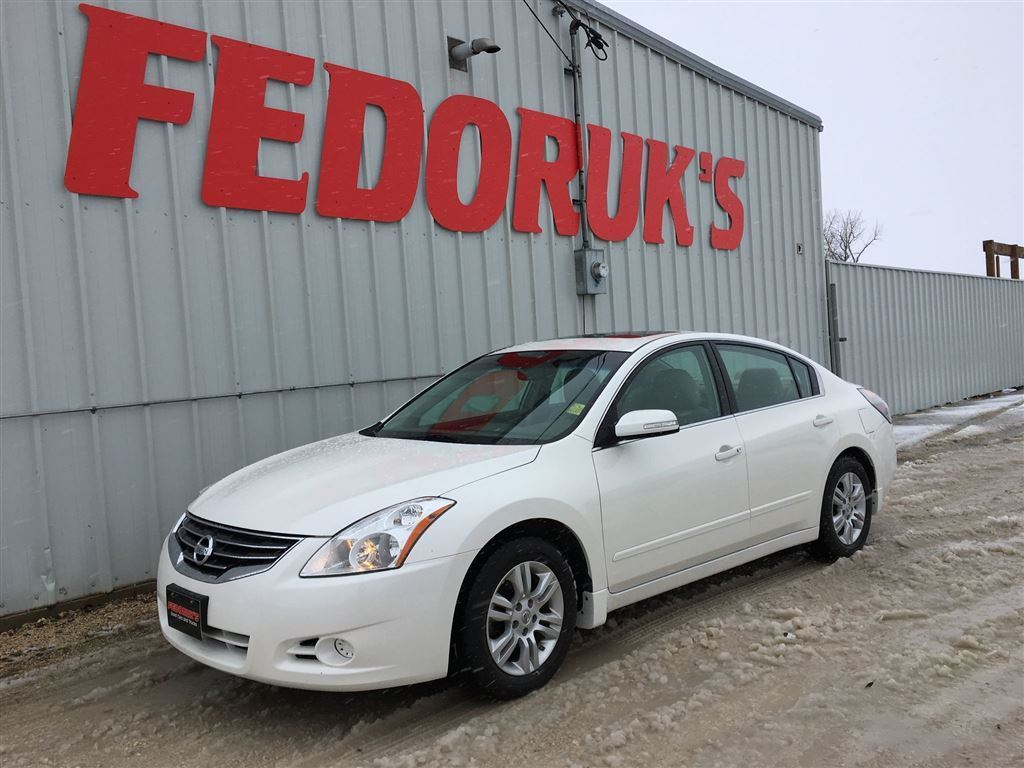 Fedoruks Used Cars & Trucks | car dealer | 4621 Portage Ave, Headingley, MB R4H 1C7, Canada | 2048321081 OR +1 204-832-1081