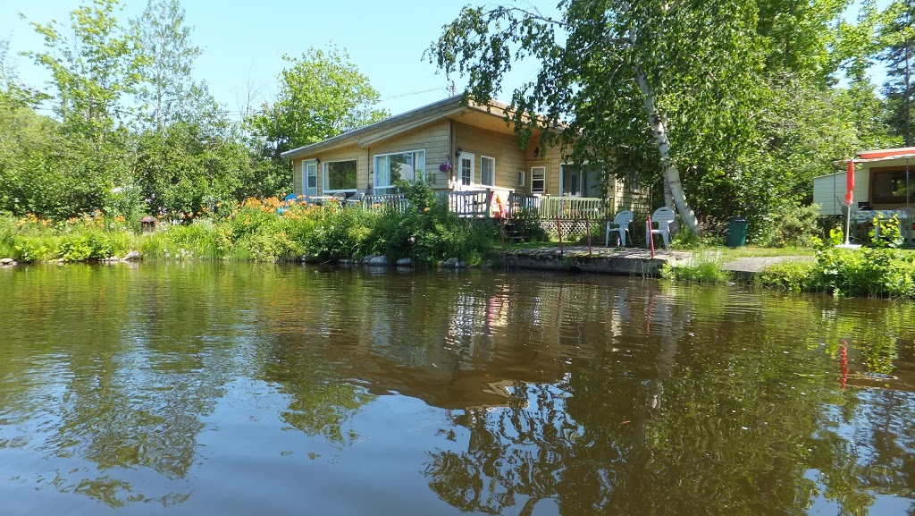Camping Sylvie | campground | 1275 Chemin des Coudriers, Saint-Bernard-sur-Mer, QC G0A 3J0, Canada | 4184382420 OR +1 418-438-2420